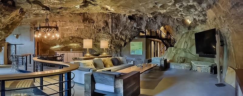 Beckham Cave Hotel